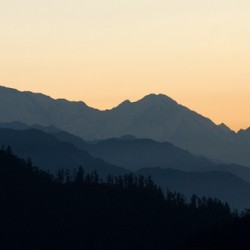 from poon hill at dawn